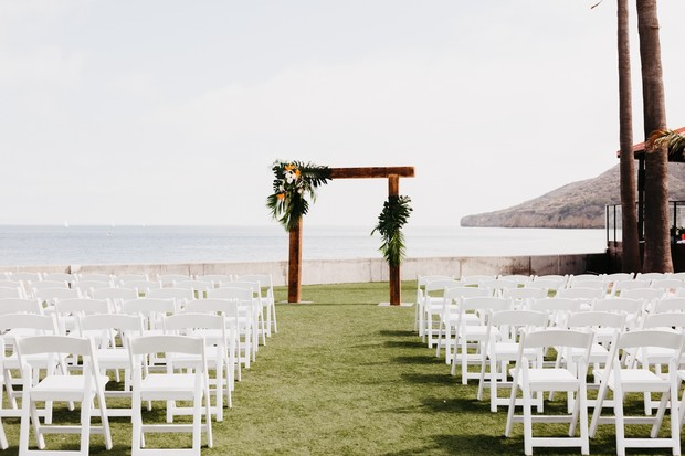 tropical outdoor wedding in San Diego