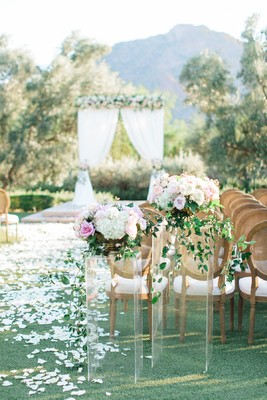 A Romantic Pink Flower-Filled Wedding in Arizona