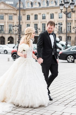 This Romantic Elopement in Paris is Everything