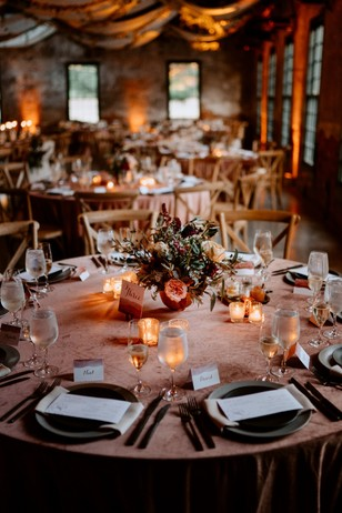cozy fall wedding reception idea