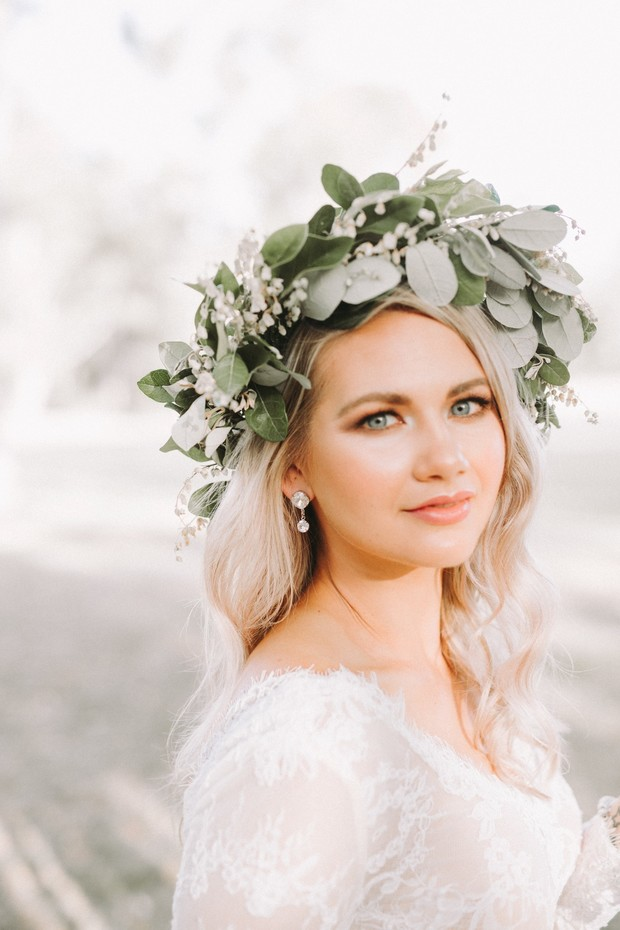 fresh faced bride with eucalyptus halo