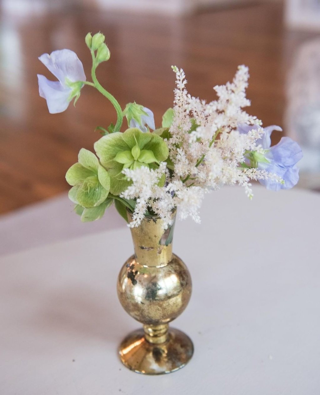 Sweet Pea, and Hellebores, and Astilbe, OH MY 😍⁣