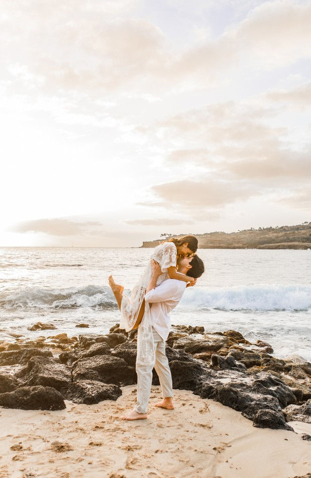 romantic engagement in Hawaii