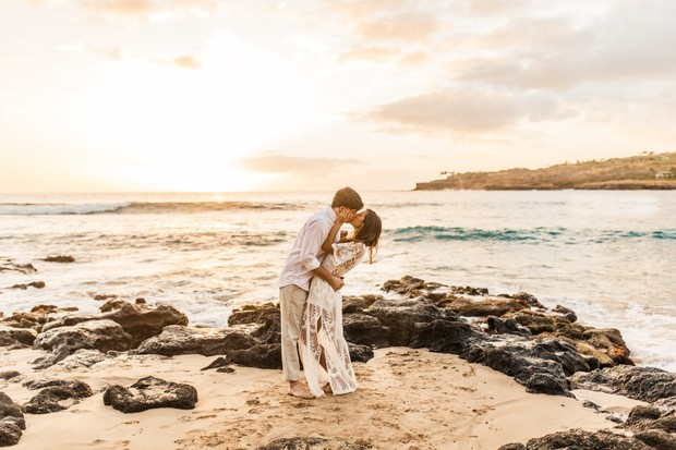Hawaiian engagement session