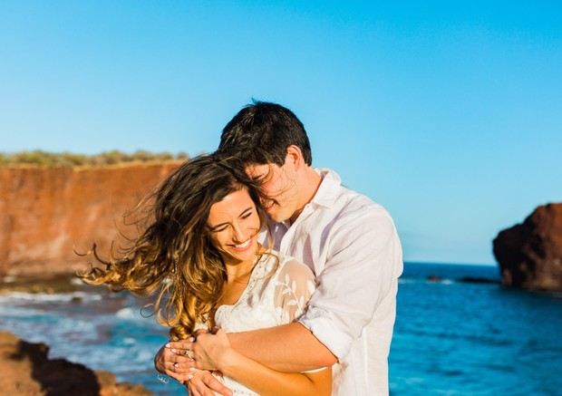 cute engagement shoot in Hawaii