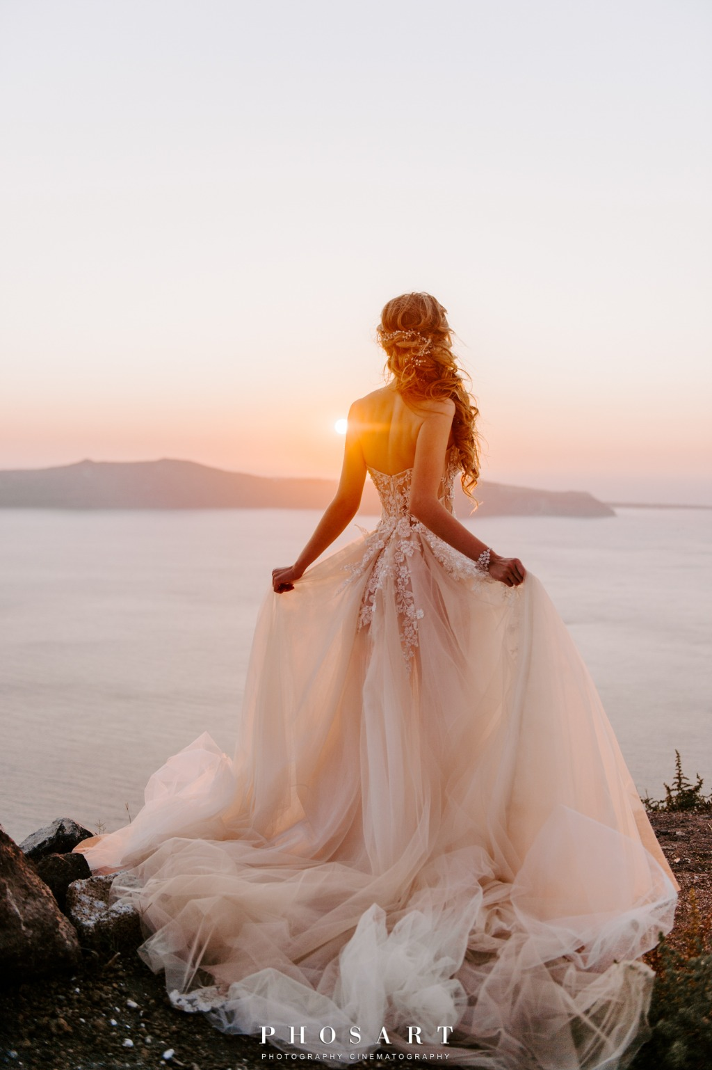 Stunningly Romantic Santorini Wedding at Cavo Ventus