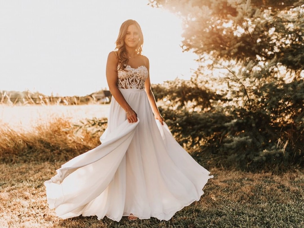 When your wedding dress is your perfect match. 💞