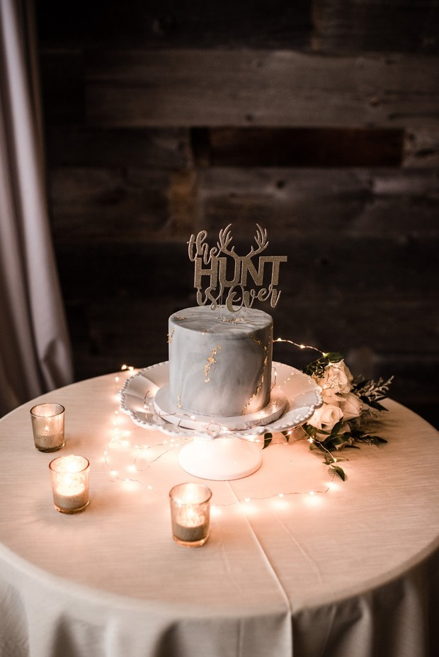 marble wedding cake with gold details