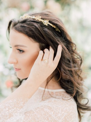 romantic free flowing wedding hair