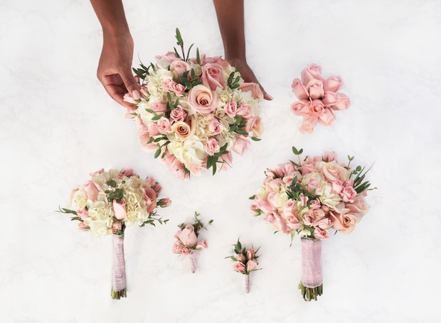 You Can Now Have Monique Lhuillier Designed Wedding Flowers