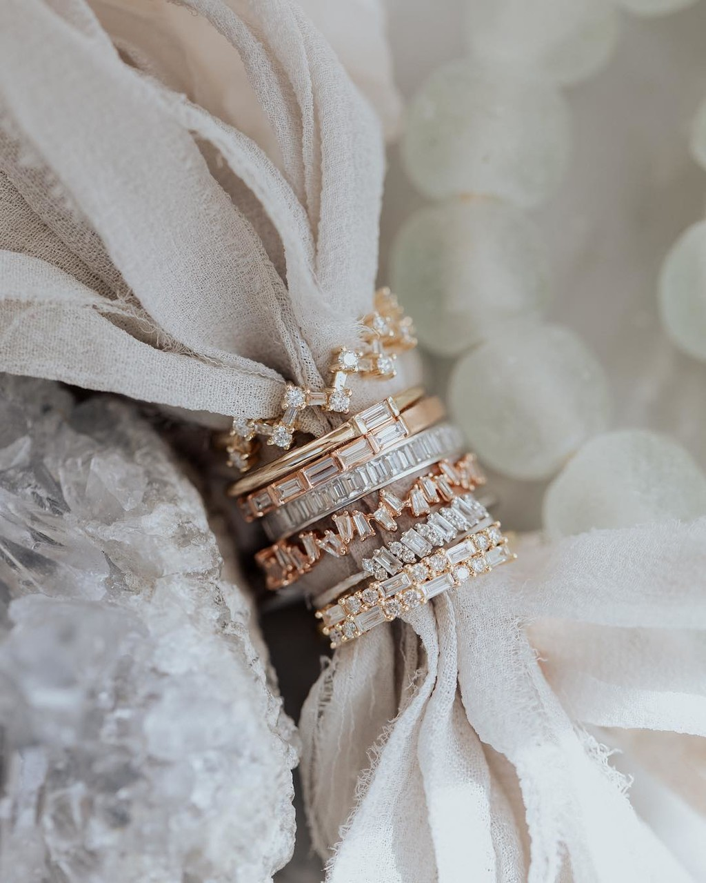 Oh baby! Baguette bands are stealing our hearts & we are totally ok with it. ✨