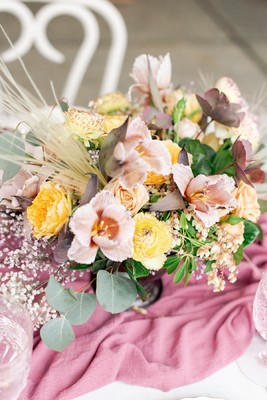 Pink and Peach Hued Wedding Inspiration Perfect For Spring