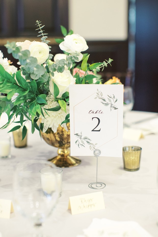 modern and simple table number