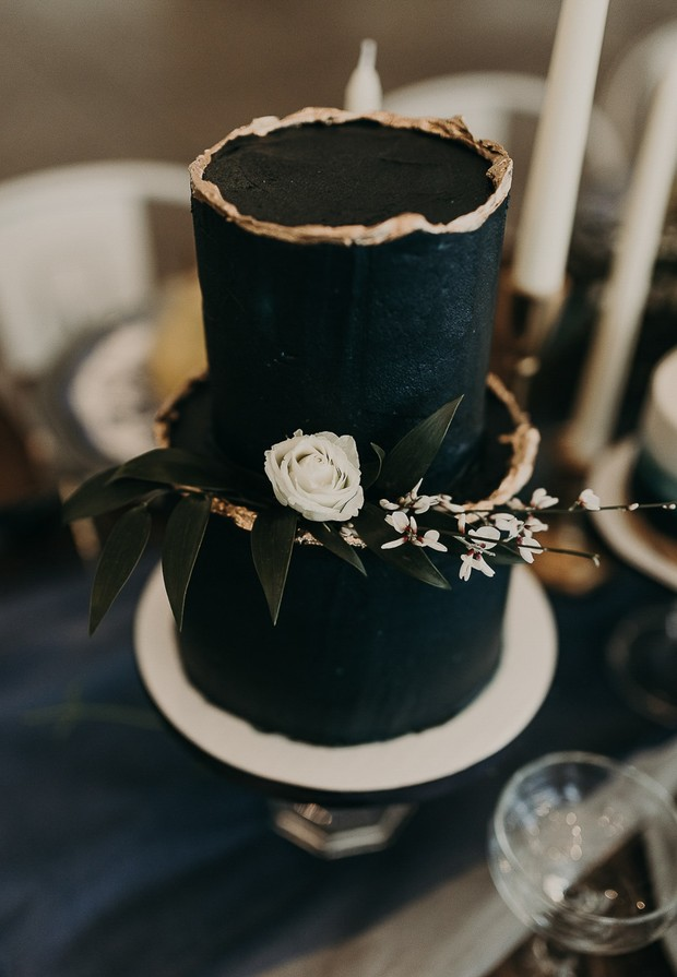black two tier wedding cake