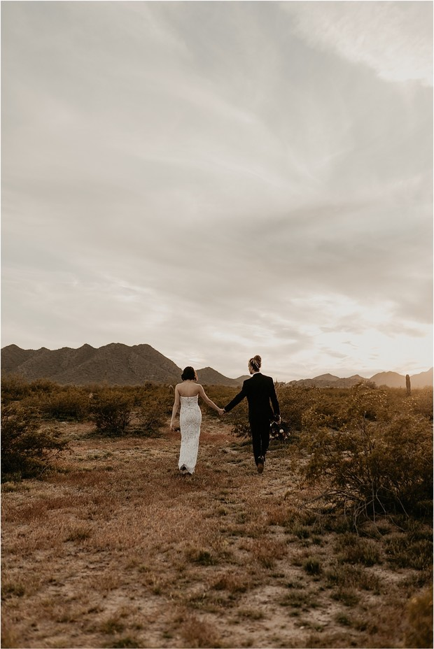 desert wedding couple