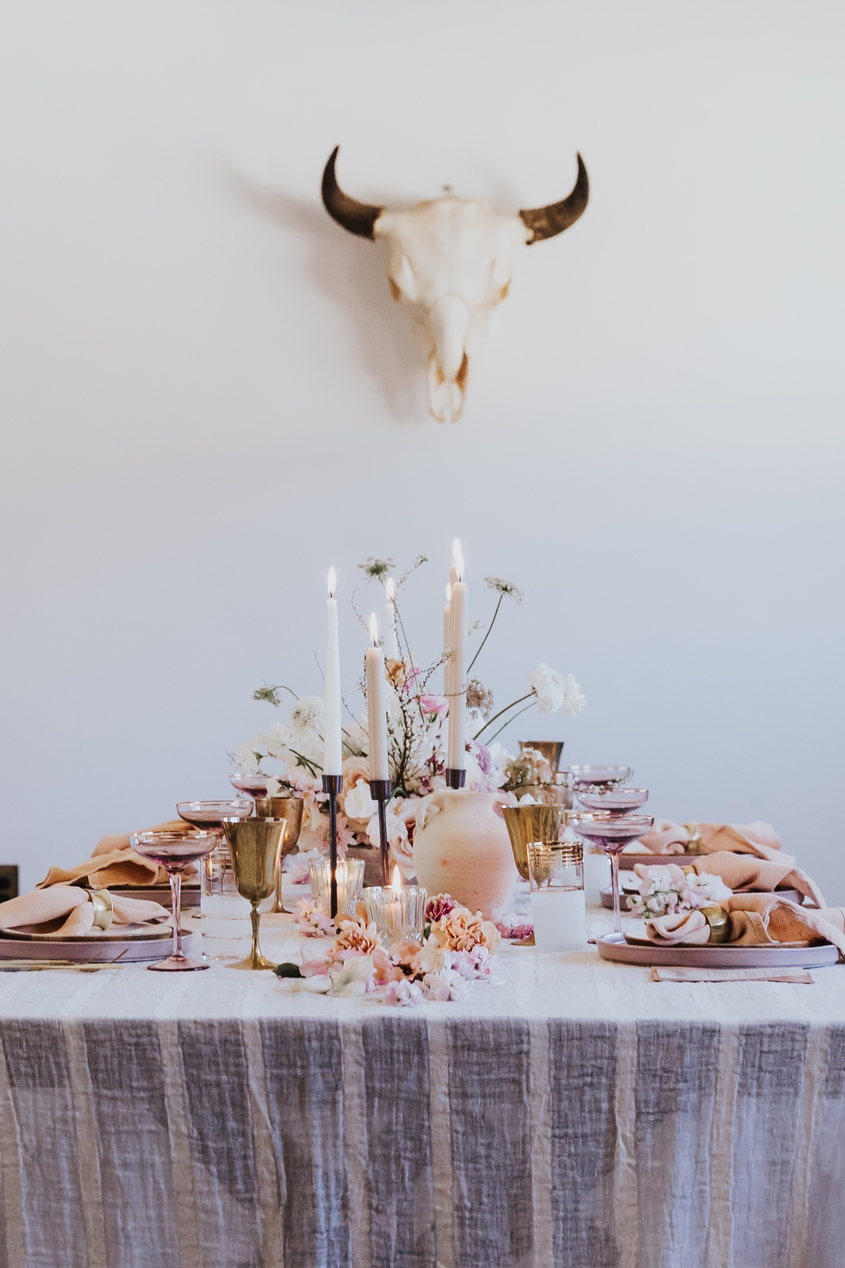 modern pastel reception table