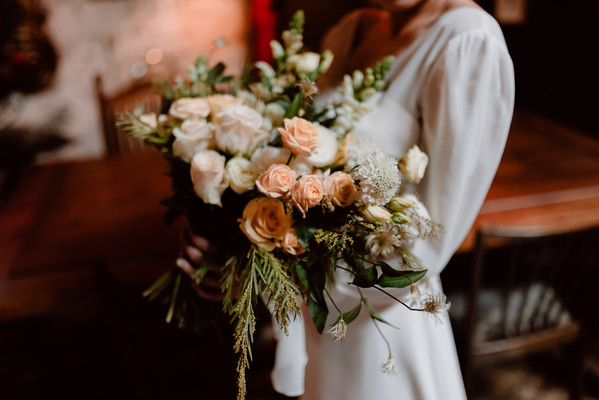 Romantic And Vintage Wedding Ideas Inspired by the Color Yellow