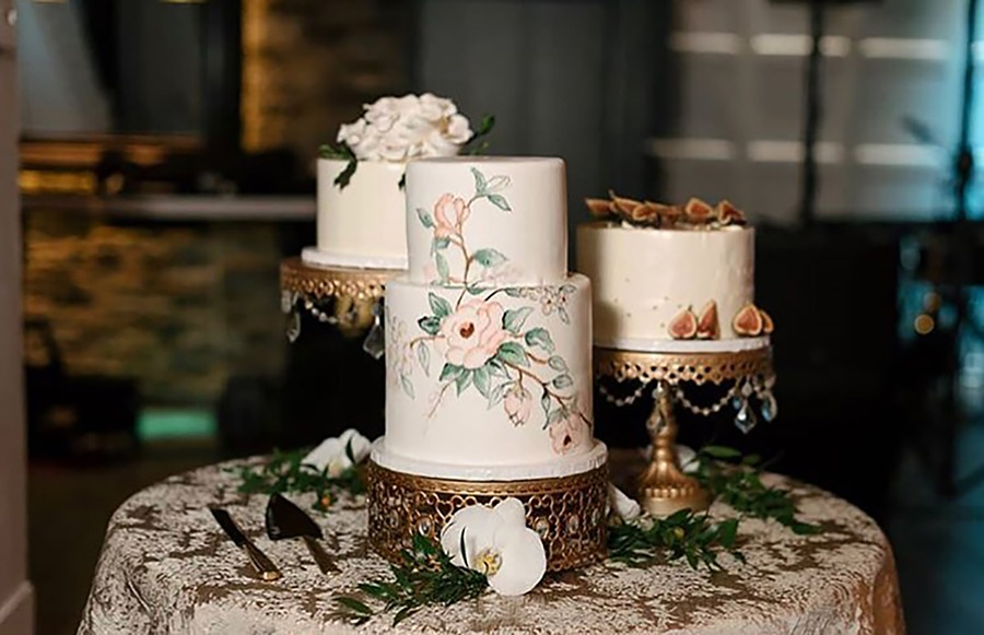 Opulent Treasures collection of wedding cake and dessert stands are just what your dessert table needs! Wedding Cakes by Bella Christie