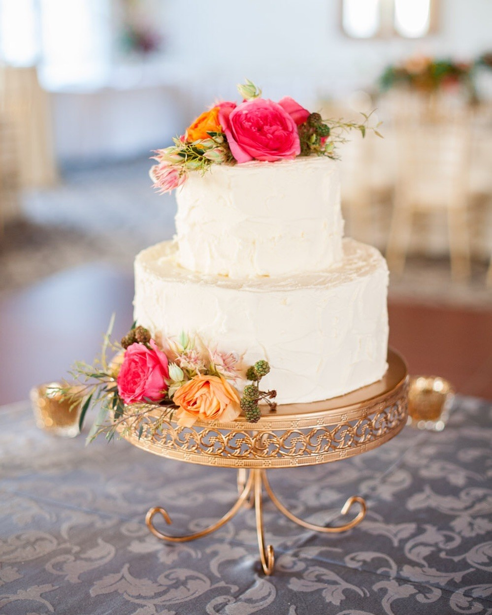 Elegance! Wedding Cake by @cecilias_cakes on an