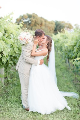 The Perfect All White Midwest Summer Wedding