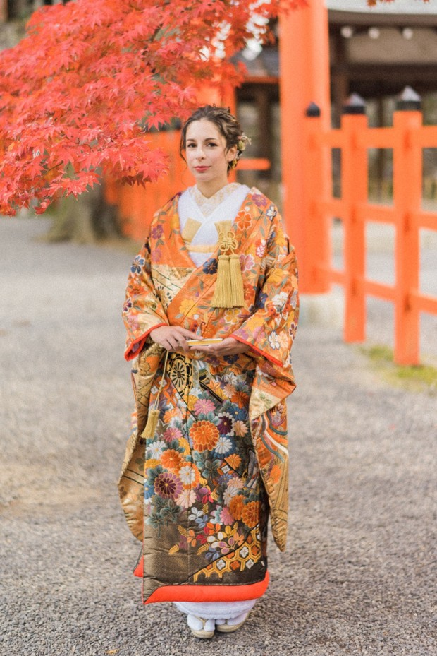 traditional Japanese wedding attire