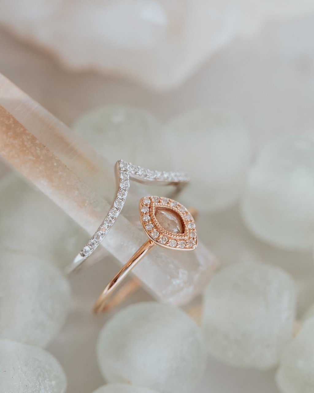 Our pave tracer band in 14k white gold is a fun addition to any ring! ✨