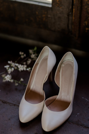 Nude heels for the bride