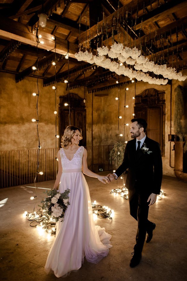 Industrial romance wedding in Tuscany