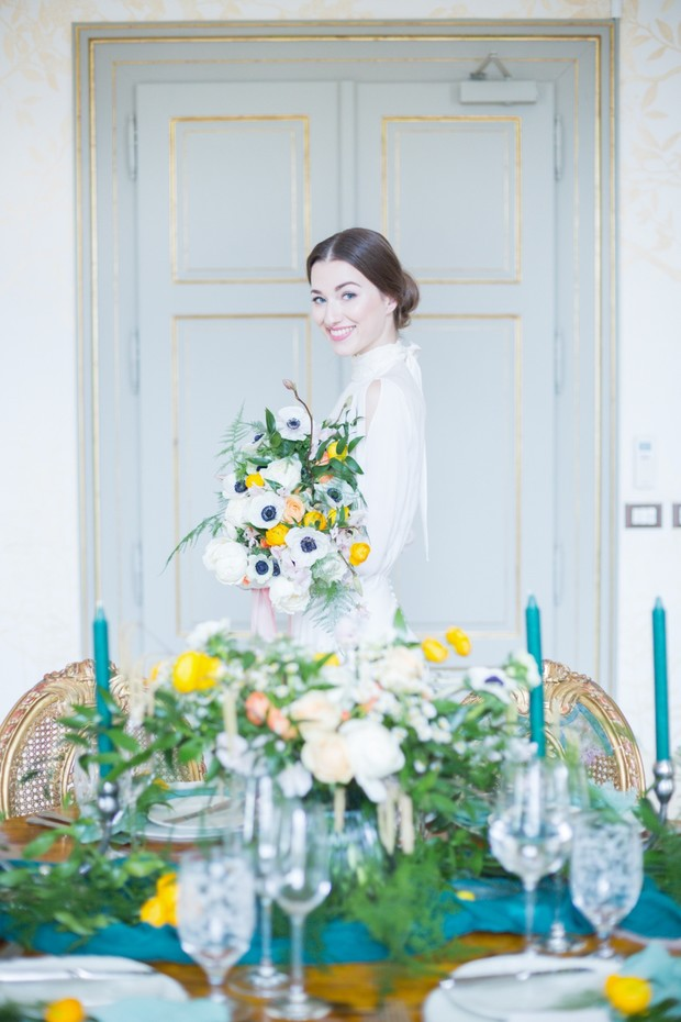 A Simple And Chic Chateau Wedding In Bohemia