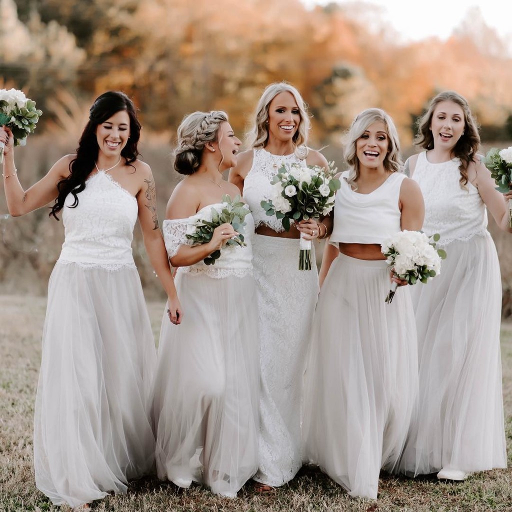 Babes in white, brides in separates, & making the most of your favorite tulle-infused trends.😍