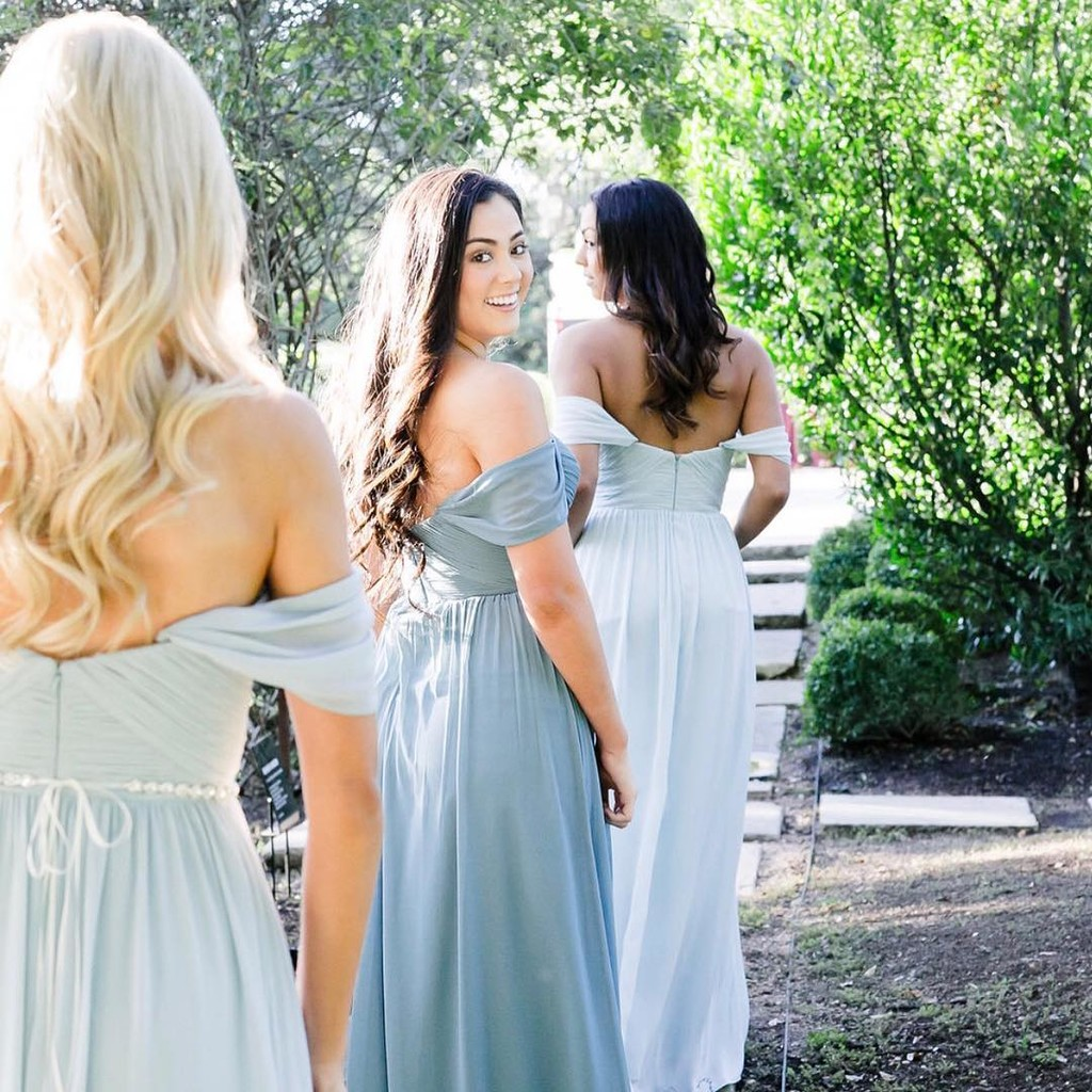 Forever dreaming of beautiful blues & boho bridesbabe styles.💙
