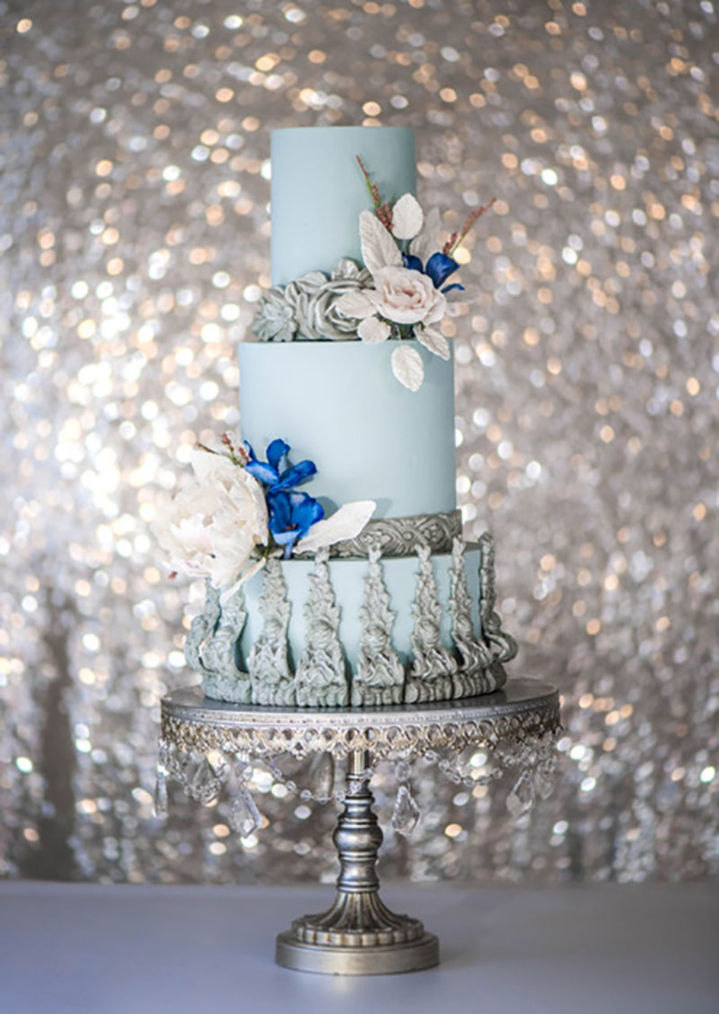 Something Blue... and a little sparkly!! Wedding Cake via @thesugarstream // Chandelier Wedding Cake Stand created by Opulent Treasures