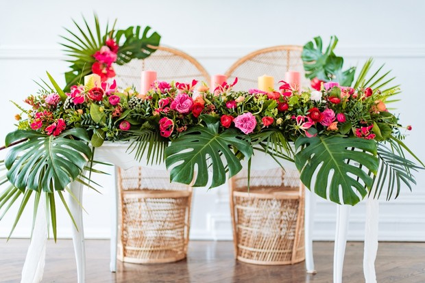 crazy rich asians wedding table decor idea