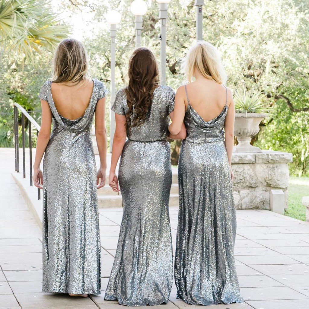 Sequins, shine, & wearing a gown that makes you feel super fine.💁♀️