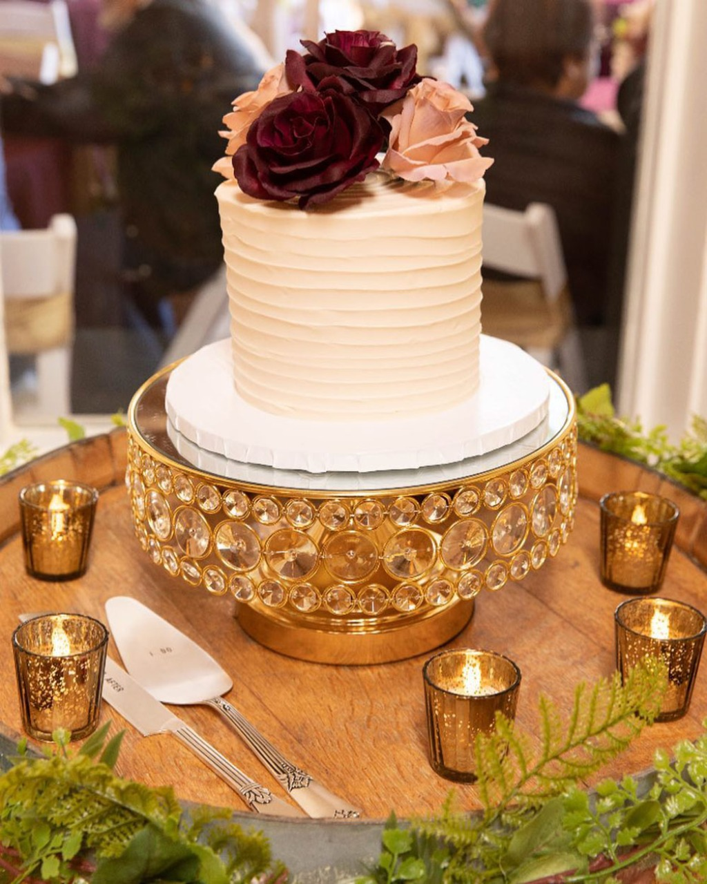 Tiffany Burke Events ... Wedding cake stands that shine bright like a diamond! Cake Stand created by Opulent Treasures. Wedding Cake