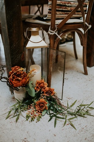 wedding floral lantern decor