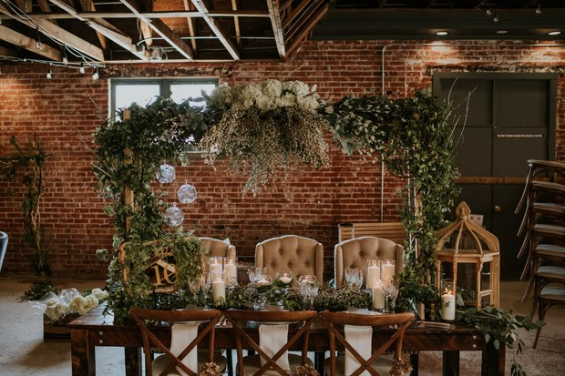 romantic floral table halo