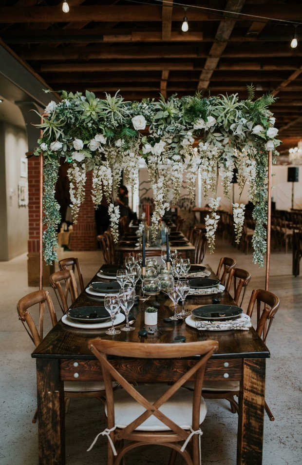 cascading floral table halo