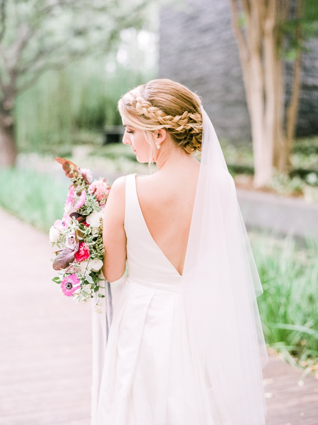 SCULPTURE GARDEN WEDDING EDITORIAL. Lea-Ann Belter Peony gown | Bridal shop: Bridal Boutique of Lewisville | photography and styling