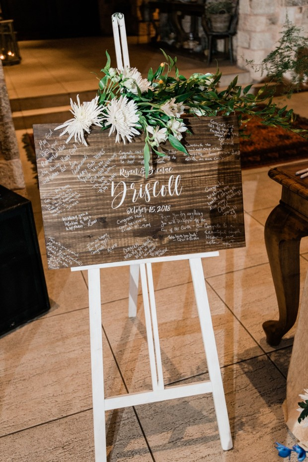 wedding sign guestbook idea