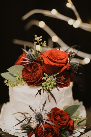 wedding cake flower topped