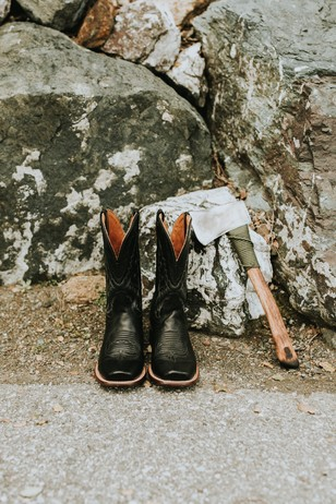 groom shoes and ax