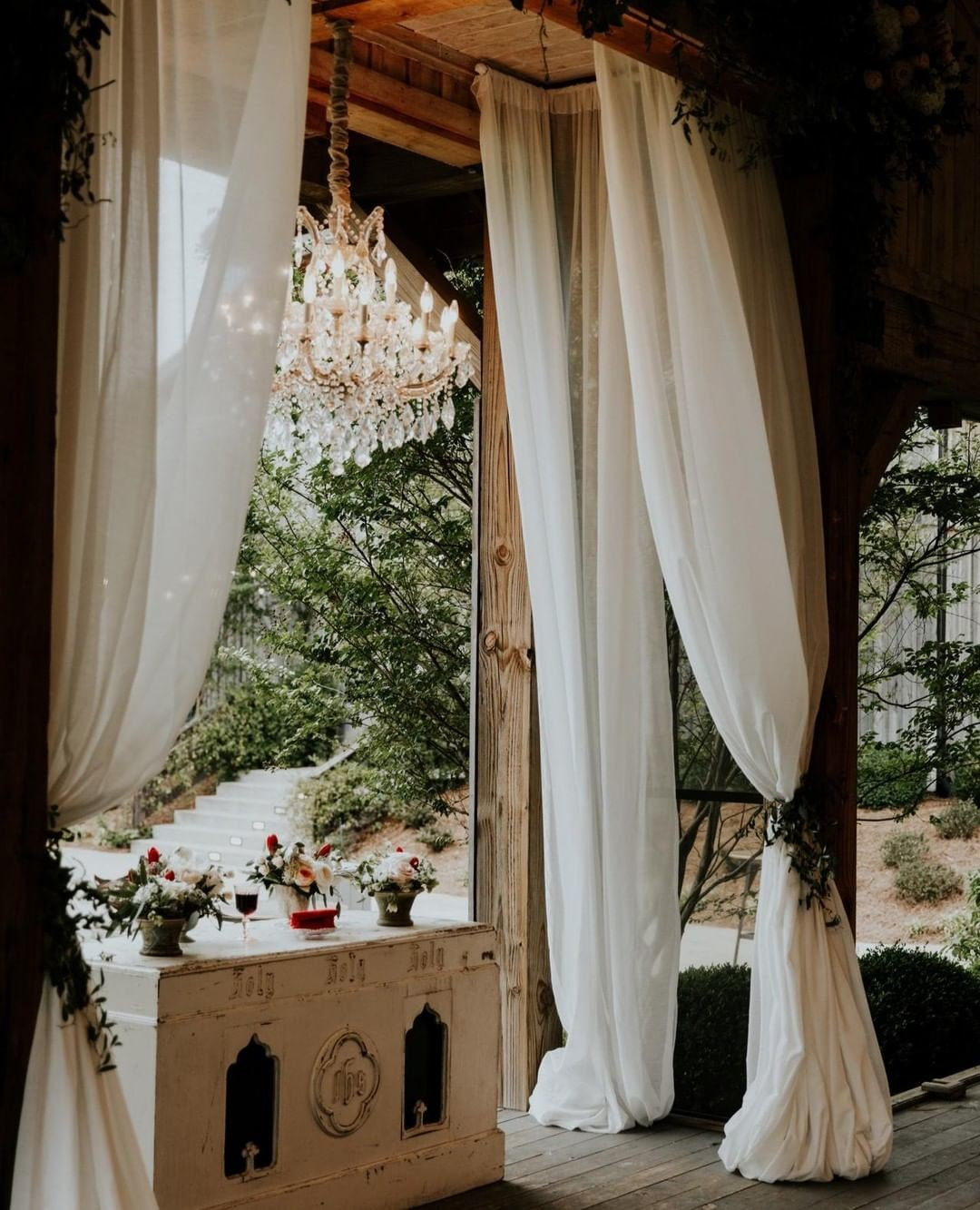 We are ready for another #weddingweekend ❤�