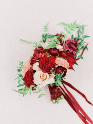 An Elegant Winery Wedding in All Shades of Red