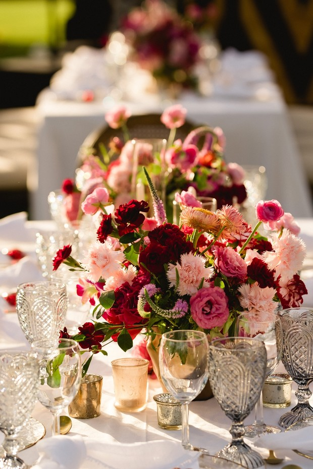 pink and red wedding centerpieces