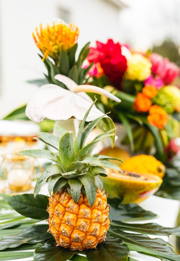mini pineapple wedding