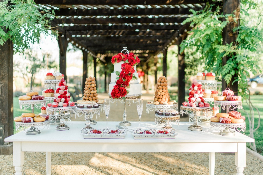 Styled Wedding Shoot With A POP of Red! Coordinator/Planner/Rental/Decor/table decor/desserts: @tiffany_burke_events • Cake and