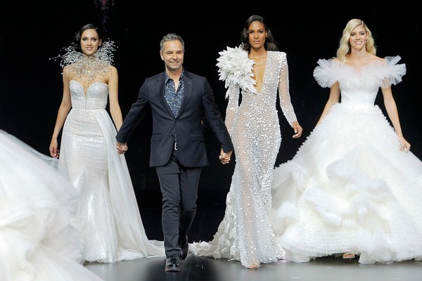2020 Atelier Pronovias Collection Fashion Show