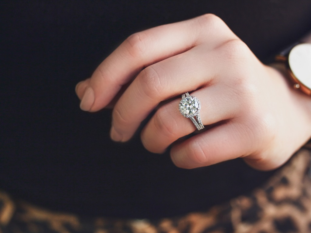 You don't need a pair of leopard print pants to make a bold statement with this 2-carat gorgeous ring.