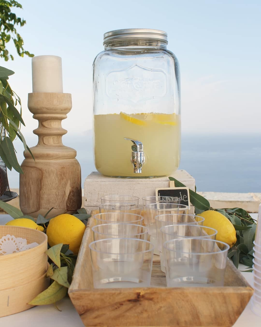 ▪︎When life gives you lemons make a lemonade. Tastes even better with this view in a greek island.▪︎